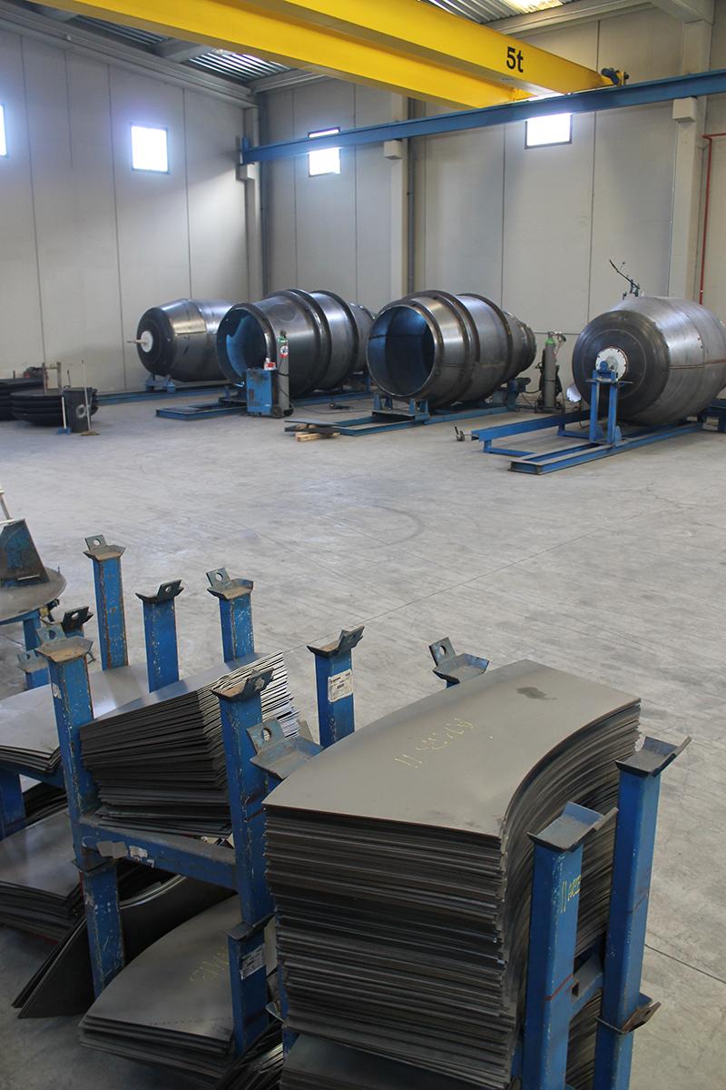 Distribucion de maquinas de construccion BARYSERV