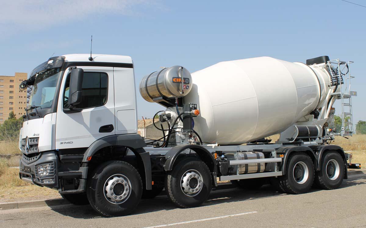 Hormigonera BARYSERV CIFA MERCEDES camion